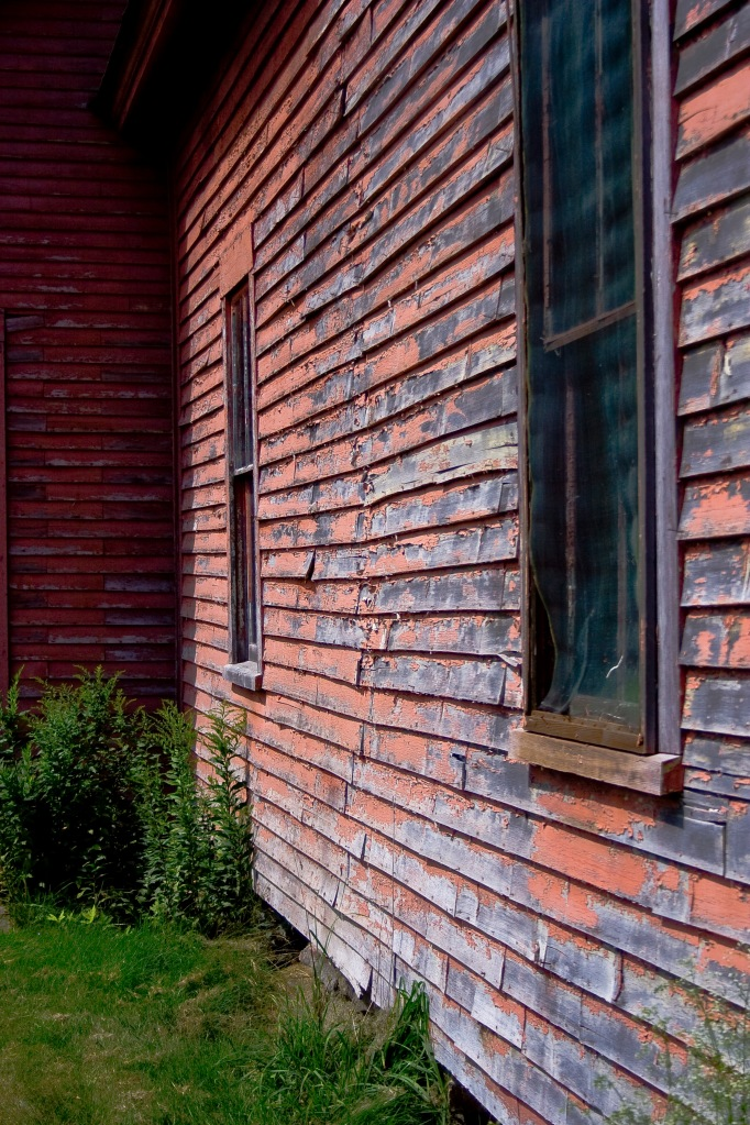 Abandoned Farmhouse Poem Analysis