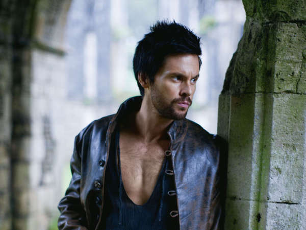 Tom Riley in Da Vinci's Demons, from http://www.tom-riley.com/content/da-vincis-demons-fox-tv-italy-website-broadcast-dates