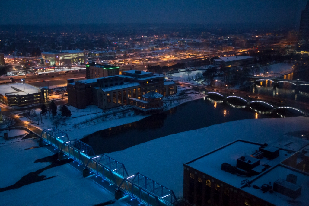 A Winter's Evening in Grand Rapids. Shot with a Canon 70D.